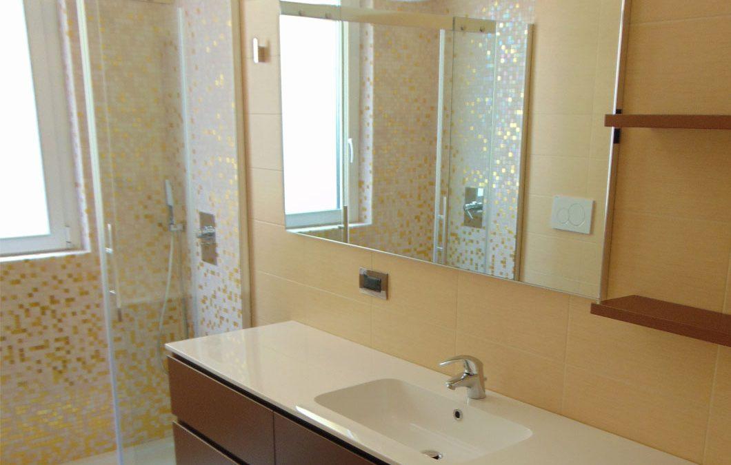 Bagno Padronale (doccia con doppio soffione)